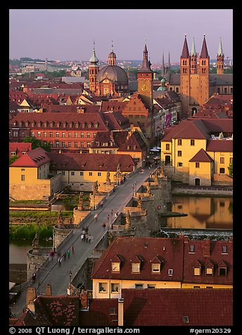 Alte Mainbrucke and Neumunsterkirche. Germany (color)