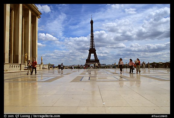 Parvis de Chaillot and Tour Eiffel. Paris, France