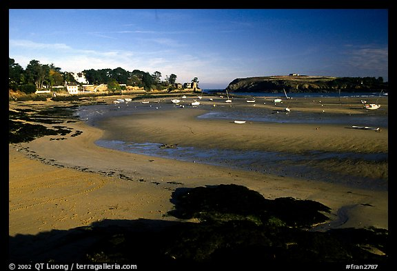 Harbor at low tide. Brittany, France (color)