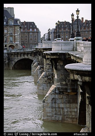 The Pont-neuf. Paris, France (color)