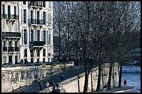 Waterfront and quay, Saint-Louis island. Paris, France (color)