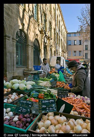 Daily Farmer's market, place Richelme. Aix-en-Provence, France (color)