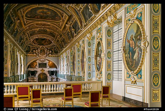 Chapel seen from upper floor, Fontainebleau Palace. France (color)
