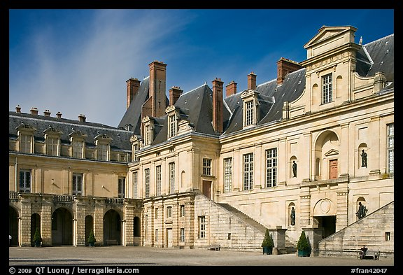 Cour de la Fontaine, Fontainebleau Palace. France (color)