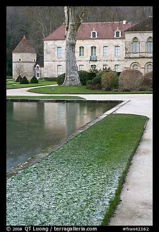 Pond and Abbot's lodging, Fontenay Abbey. Burgundy, France (color)