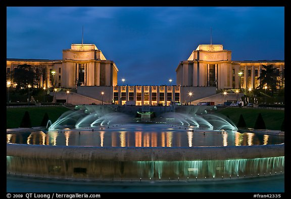 Palais de Chaillot and fountains at night. Paris, France