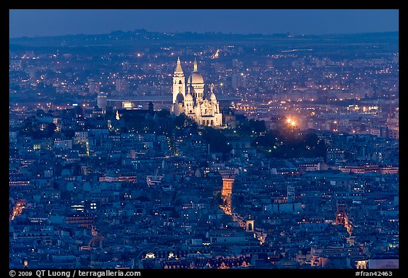 Montmartre Hill and Sacre-Coeur basilica at night. Paris, France (color)