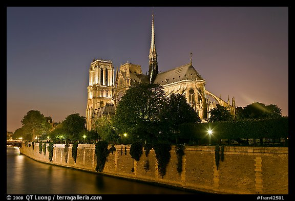 Seine River and Notre Dame de Paris at night. Paris, France (color)