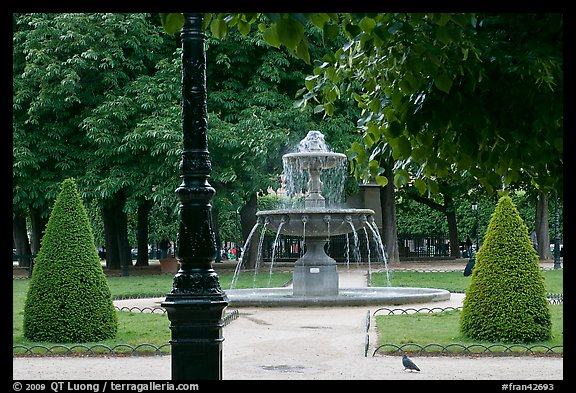 Cortot Fountain in park, place des Vosges. Paris, France (color)
