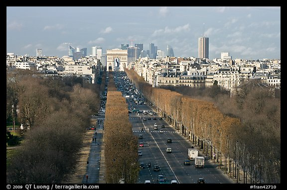 Champs-Elysees, Arc de Triomphe, in winter. Paris, France
