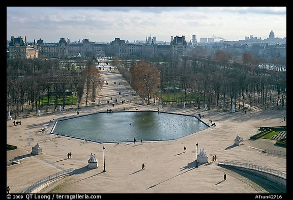 Jardin des Tuileries and Louvre in winter. Paris, France (color)