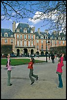 Girls playing with rope, Place des Vosges. Paris, France