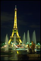Tour Eiffel (Eiffel Tower) and Fountains on the Palais de Chaillot by night. Paris, France