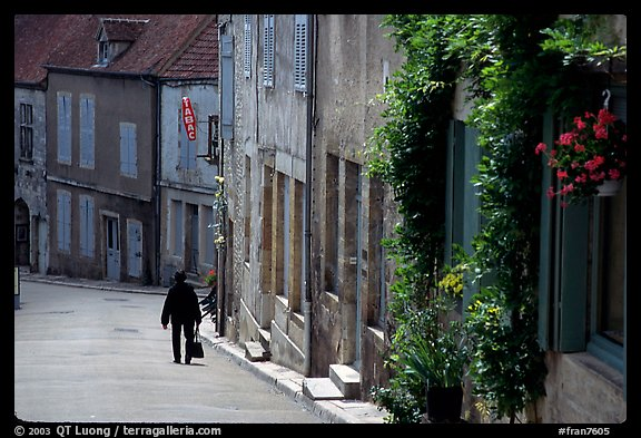 Main street of the Hill of Vezelay. Burgundy, France (color)