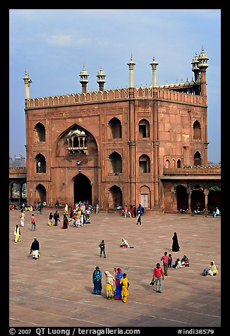 Courtyard and East gate of Jama Masjid mosque. New Delhi, India