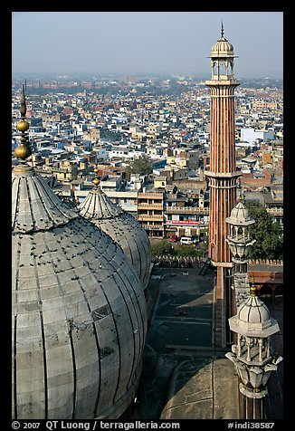 Domes and Minaret from above, Jama Masjid. New Delhi, India (color)