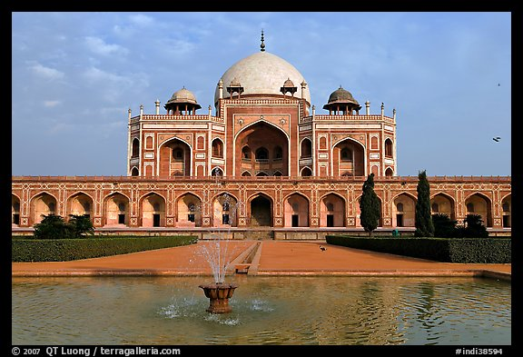 Humayun's tomb. New Delhi, India (color)