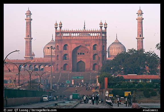Jama Masjid and East Gate at sunrise. New Delhi, India