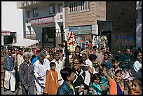 Muslim wedding procession. Jodhpur, Rajasthan, India (color)