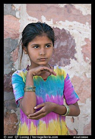 Young girl. Jodhpur, Rajasthan, India (color)