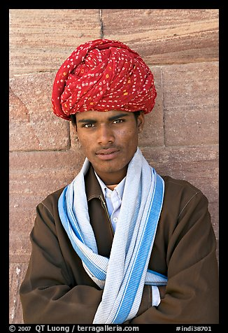 Young man wearing a red turban. Jodhpur, Rajasthan, India (color)