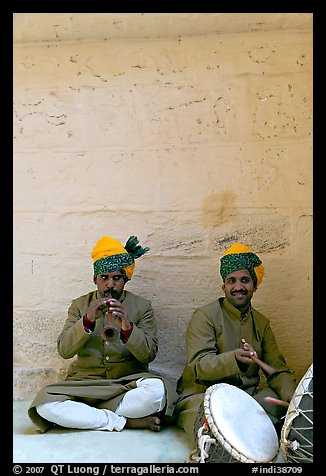 Musicians, Mehrangarh Fort. Jodhpur, Rajasthan, India (color)