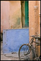 Bicycle and multicolored walls. Jodhpur, Rajasthan, India