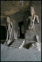 Siva shrine, main  Elephanta cave. Mumbai, Maharashtra, India