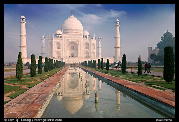 Taj Mahal and reflection, morning. Agra, Uttar Pradesh, India