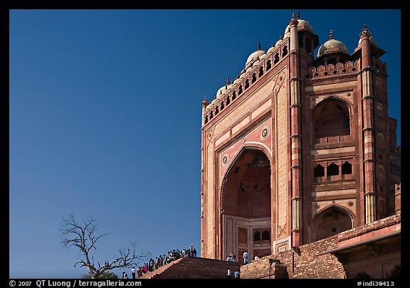 Buland Darwaza, 54m-high victory gate, Dargah mosque. Fatehpur Sikri, Uttar Pradesh, India (color)