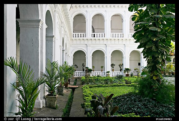 Garden in courtyard of Basilica of Bom Jesus, Old Goa. Goa, India