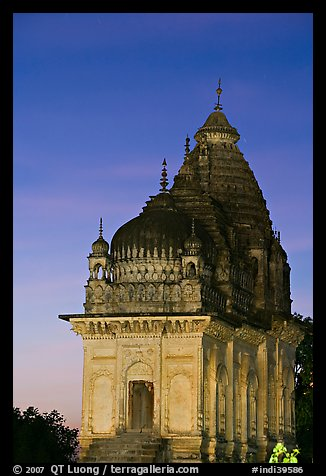 Temple at dusk, Western Group. Khajuraho, Madhya Pradesh, India