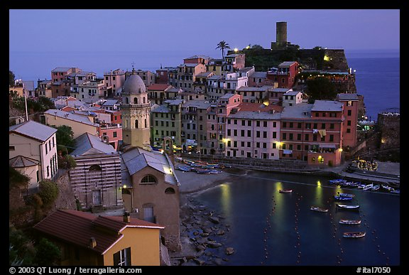 Harbor and Castello Doria, sunset, Vernazza. Cinque Terre, Liguria, Italy