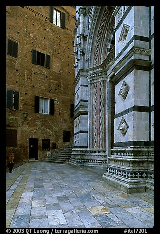 Small square besides the Duomo. Siena, Tuscany, Italy (color)