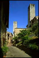 Street dominated by medieval towers. San Gimignano, Tuscany, Italy ( color)