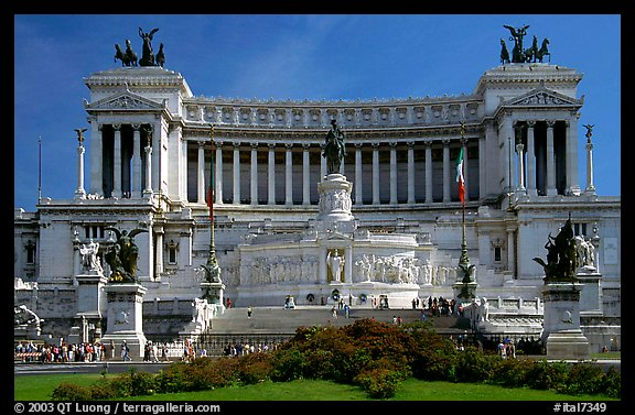 Victor Emmanuel Monument, built to honor Victor Emmanuel II, the first king of unified Italy. Rome, Lazio, Italy (color)