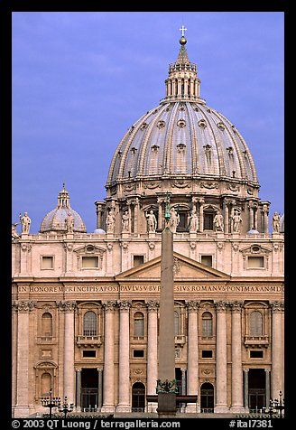 Basilic Saint Peter, catholicism's most sacred shrine. Vatican City (color)