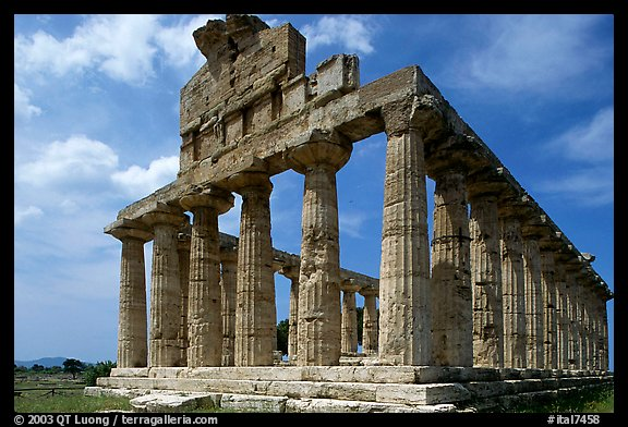 Ruins of Tempio di Cerere (Temple of Ceres), a Greek Doric temple. Campania, Italy