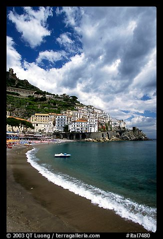 Beach in Amalfi. Amalfi Coast, Campania, Italy (color)