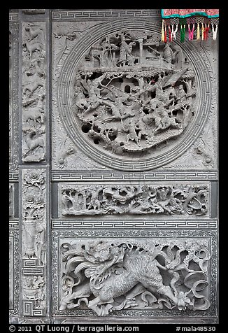 Sone carving motif, Hainan Temple. George Town, Penang, Malaysia (color)