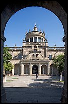 Entrance courtyard of Hospicios de Cabanas framed by an arch. Guadalajara, Jalisco, Mexico ( color)