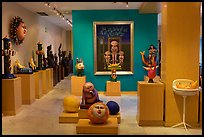 Art gallery featuring works by Bustamante, Tlaquepaque. Jalisco, Mexico (color)