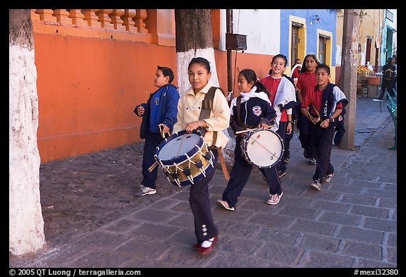 Children with drums. Guanajuato, Mexico