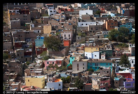 Brligly painted houses on hillside. Guanajuato, Mexico (color)