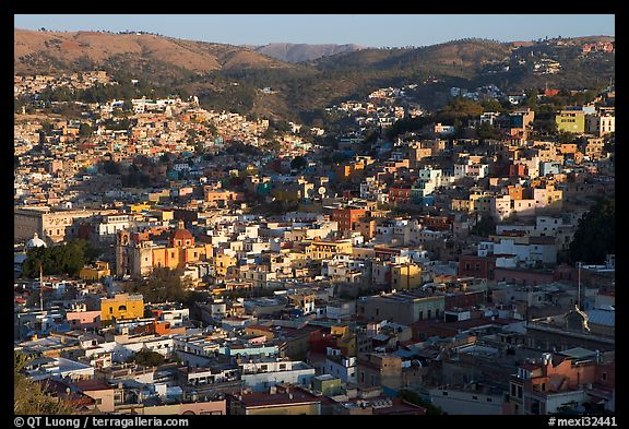 Panoramic view of the town, early morning. Guanajuato, Mexico (color)