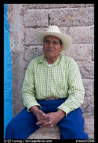 Man with cowboy hat. Mexico (color)