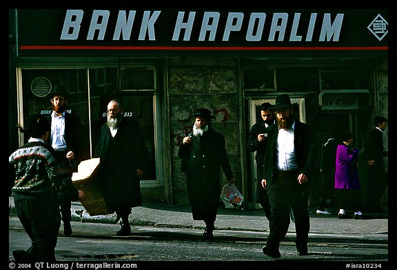 Jews in the ultra-orthodox Mea Shearim district. Jerusalem, Israel (color)