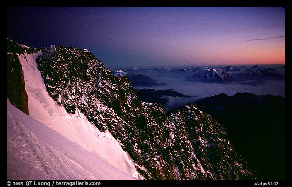 Sunset over Brouillard ridge, just under the summit of Mont-Blanc, Italy.  (color)