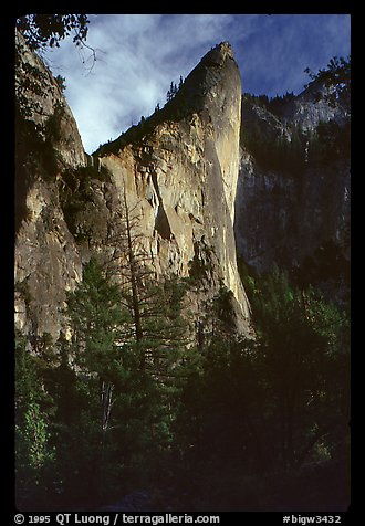 The constantly overhanging profile of the West Face. Leaning Tower, Yosemite, California