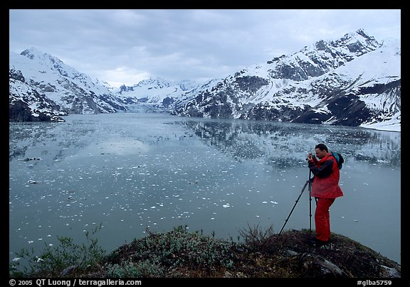 Photographing John Hopkins Inlet. Glacier Bay National Park, Alaska